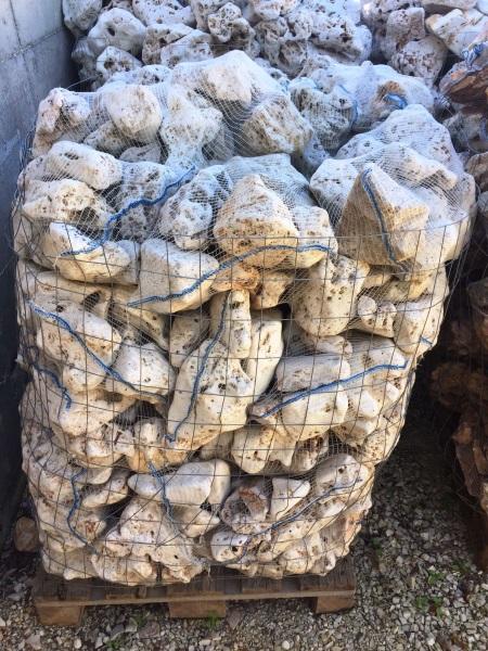 Vendita pietre da giardino prezzi in stock a roma for Pietre bianche da giardino costo